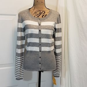 NWT Chelsea and Theodore Gray and white cardigan